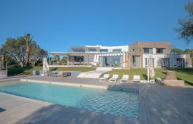 Property to rent in Vallauris. Luxurious and ultra modern villa, Cannes