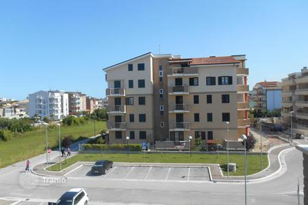 Cheap property for sale in Abruzzo. Apartment with large terrace and private garden in a new residence, 400 meters from the sea in Tortoreto, Abruzzo, Italy
