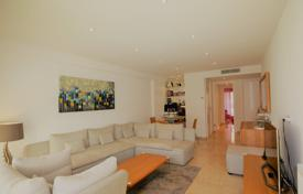 Cheap 2 bedroom apartments for sale in Cannes. Cannes Basse Californie 2 bedroom flat