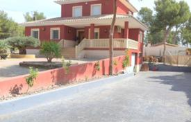 Residential for sale in Murcia (city). 5 bedroom villa with private pool and 998 m² plot in Totana, Murcia
