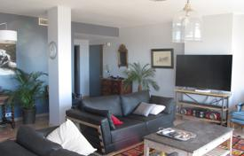 Apartments for sale in Le Cannet. Four-room apartment in a quiet area, Le Cannet, France