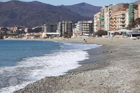 Coastal residential for sale in Savona. Apartment – Savona, Liguria, Italy
