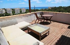 Penthouses for sale in Alicante. Two-bedroom furnished penthouse in Dehesa de Campoamor, Alicante, Spain
