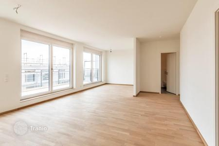 2 bedroom apartments for sale in Berlin. Two-level penthouse with roof terrace next to the river Spree and the park in Mitte area, Berlin
