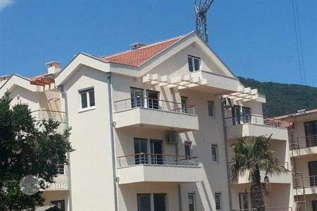Apartments for sale in Herceg-Novi. Duplex apartment overlooking the Bay in the village of Djenovici