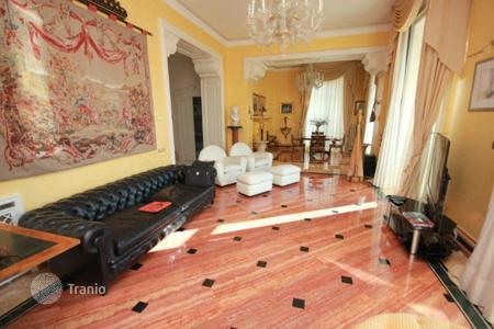 Luxury property for sale in Cernobbio. Villa – Cernobbio, Lombardy, Italy