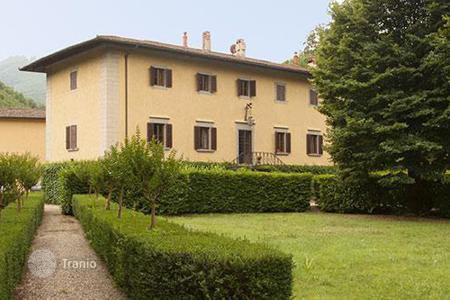 Villas and houses to rent in Borgo San Lorenzo. Villa Lante