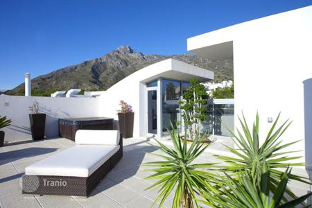 Luxury townhouses for sale in Spain. Town House for sale in Sierra Blanca, Marbella Golden Mile
