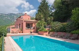 Residential for sale in Tourrettes-sur-Loup. Close to Saint-Paul de Vence — Modern Provencal-style property