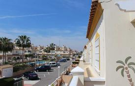 3 bedroom houses for sale in Alicante. Orihuela Costa, Playa Flamenca. Townhouse in corner 100 m² built with plot of 200 m²