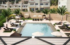 Apartments with pools for sale in Marbella. Ground Floor Apartment for sale in La Mairena, Marbella East