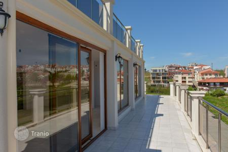 Coastal residential for sale in Sozopol. A new two-room apartment with a terrace in sunny Sozopol, in an emergent neighborhood