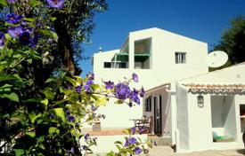 Residential for sale in Faro. Villa – Querença, Faro, Portugal