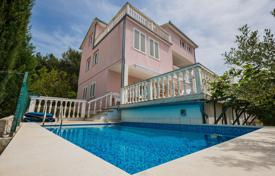 5 bedroom houses for sale in Croatia. Villa with pool and panoramic views of the sea in Okrug Gornji, Ciovo, Croatia