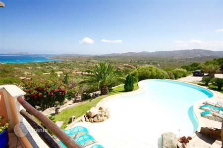4 bedroom houses by the sea for sale in Sardinia. Detached house – Olbia, Sardinia, Italy