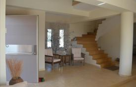 Property for sale in Peloponnese. Terraced house – Loutraki, Administration of the Peloponnese, Western Greece and the Ionian Islands, Greece