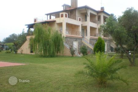 Property to rent in Chalkidiki. Terraced house - Nea Poteidaia, Administration of Macedonia and Thrace, Greece