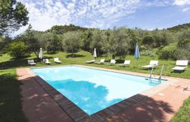 Apartments by the sea for rent with swimming pools overseas. Apartment – Rapolano Terme, Tuscany, Italy