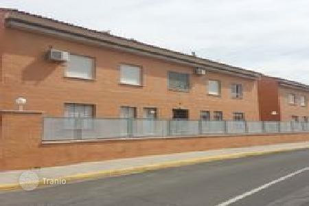 Bank repossessions terraced houses in Castille La Mancha. Terraced house – Miguelturra, Castille La Mancha, Spain