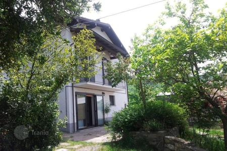 Houses with pools for sale in Bobbio. House with swimming pool in paradise, close to Bobbio