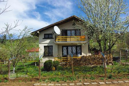 2 bedroom houses for sale in Sofia region. Detached house - Trudovets, Sofia region, Bulgaria