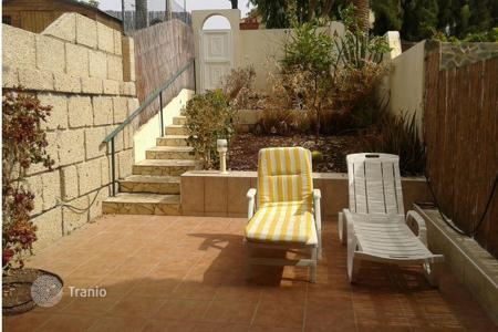 Cheap property for sale in Tenerife. Apartments in Callao Salvaje, Spain
