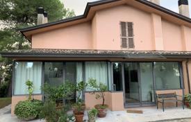 Cosy cottage with a veranda and garden views in a secluded place, near the city center, Riccione, Italy for 800,000 €