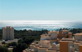 Apartments with pools for sale in Dehesa de Campoamor. Three-bedroom apartment with a sea view in Dehesa de Campoamor, Alicante, Spain