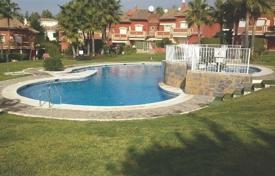 Townhouses for sale in Estepona. Town House for sale in Monte Biarritz, Estepona