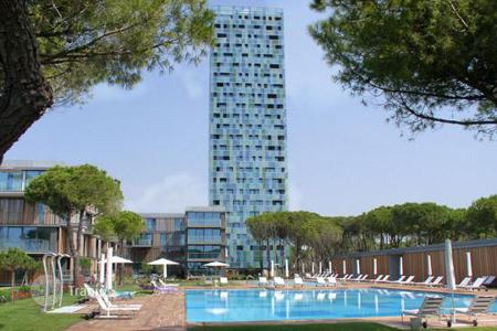 Coastal residential for sale in Veneto. Venice, Lido di Jesolo, residential complex