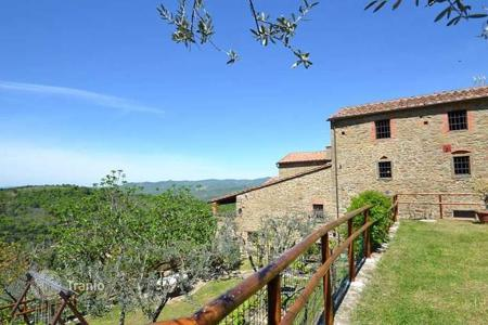 Property for sale in Bucine. Villa – Bucine, Tuscany, Italy