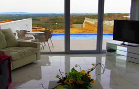 Residential for sale in Ciudad Quesada. Modern design villa with panoramic views and swimmingpool in Ciudad Quesada