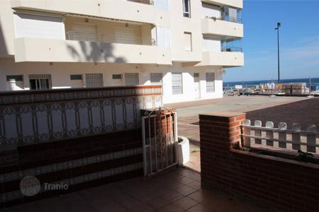 "Cheap apartments for sale in Fuengirola. Ground Floor Apartment, Costa del Sol, Fuengirola, second line of the beach "" Carvajal"""