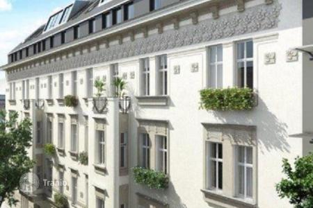Cheap residential for sale in Vienna. Cozy, new penthouse with terrace in historic building in Breitensee, Penzing area, Vienna
