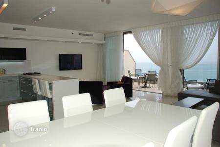 Luxury 4 bedroom apartments for sale in Center District. Apartment – Center District, Israel