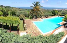 Houses with pools for sale in Marche. Villa with panoramic views in Civitanova Marche, Region Marche, Italy