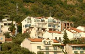 5 bedroom houses by the sea for sale in Montenegro. Business for sale — Top floor of villa, consisting of 5 apartments, at one of the most desirable locations in Montenegro, at Sveti Stefan