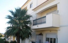 1 bedroom apartments for sale in Algarve. Penthouse with an ocean view, Albufeira, Portugal