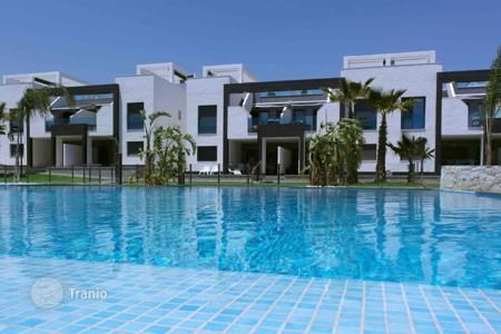 Residential from developers for sale in Valencia. MODERN BUNGALOW IN PUNTA PRIMA