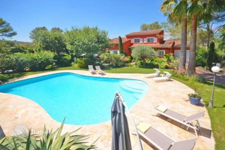 6 bedroom houses for sale in Muan-Sarthe. Villa – Muan-Sarthe, Côte d'Azur (French Riviera), France