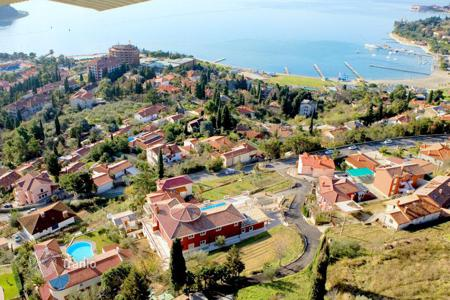 Luxury houses with pools for sale in Slovenia. Mansion – Portorož, Piran, Slovenia