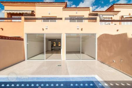 Property for sale in Adeje. Modern townhouse in resort Playa Paraiso, Tenerife, Spain