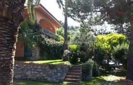 Luxury residential for sale in Ospedaletti. Villa in Ospedaletti 450 m²
