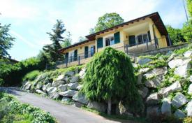4 bedroom houses for sale in Maggiore (Italy). Villa – Stresa, Piedmont, Italy