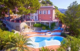 Luxury 4 bedroom houses for sale in Liguria. Villa with three independent entrances, a pool, a fireplace, a garden, terraces, and a panoramic view of the sea, Ventimiglia, Italy