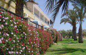 Property for sale in Paphos. Hotel Apartments Sea Front Location — Kissonerga