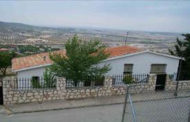 Bank repossessions property in Chinchón. Villa – Chinchón, Madrid, Spain