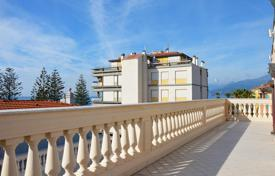 Apartments for sale in Province of Imperia. Penthouse with a terrace, in an elegant period building, near the beach, Bordighera, Italy