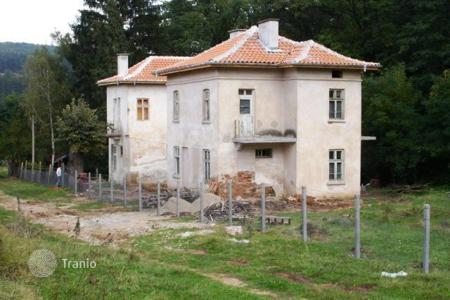 Property for sale in Pchelin. Detached house - Pchelin, Sofia region, Bulgaria