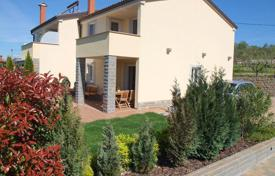 Townhouses for sale in Slovenia. Terraced house – Koper, Obalno-Cabinet, Slovenia